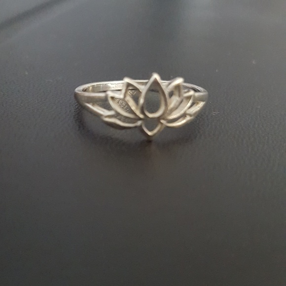 Free People Jewelry Sterling Silver Lotus Flower Ring 925 Stamped